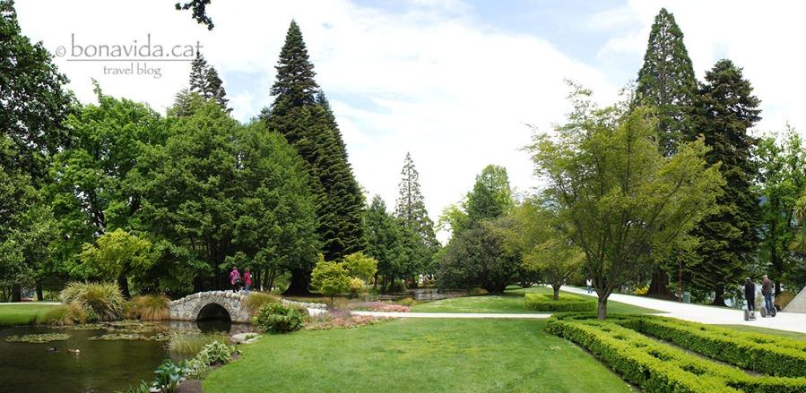 La ciutat té enormes parcs