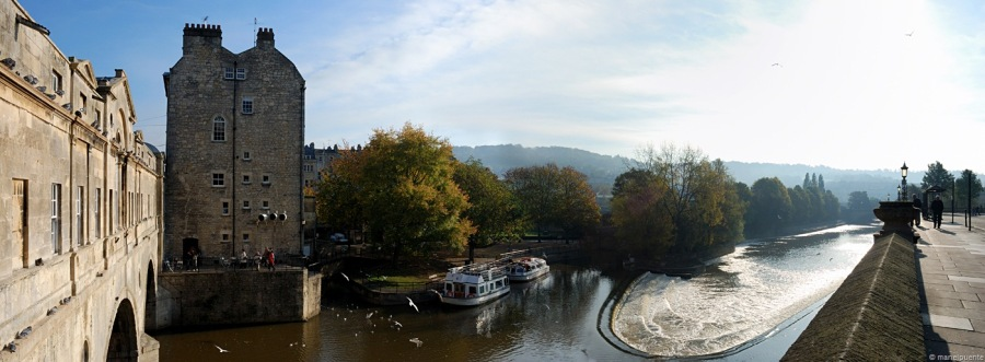 El riu Avon travessa la ciutat