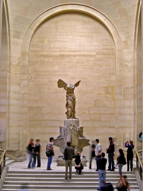 Victoria de Samotracia (Níke tes Samothrákes) al museu del Louvre, París.