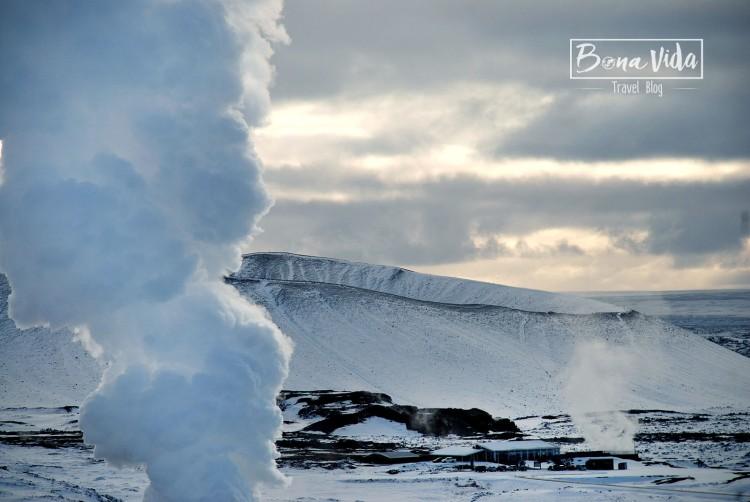 Zona geotermal de Námafjall Hverir. Abans d'arribar a Reykjahlid