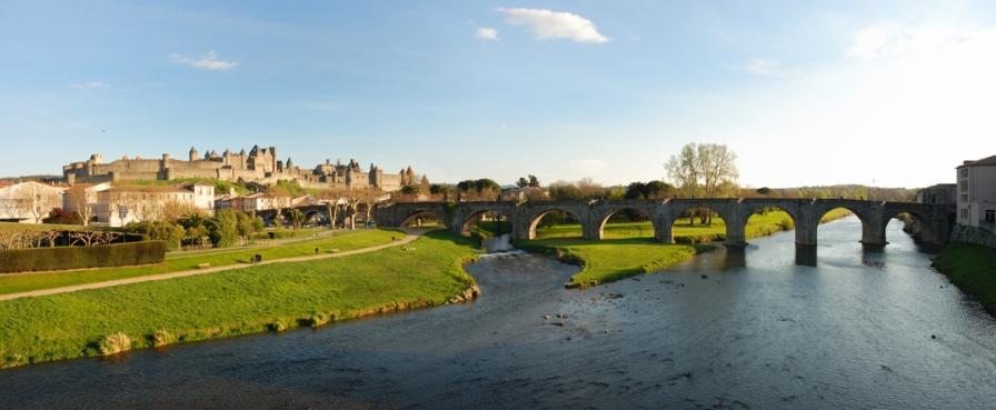 Castell Carcassonne, pont i riu