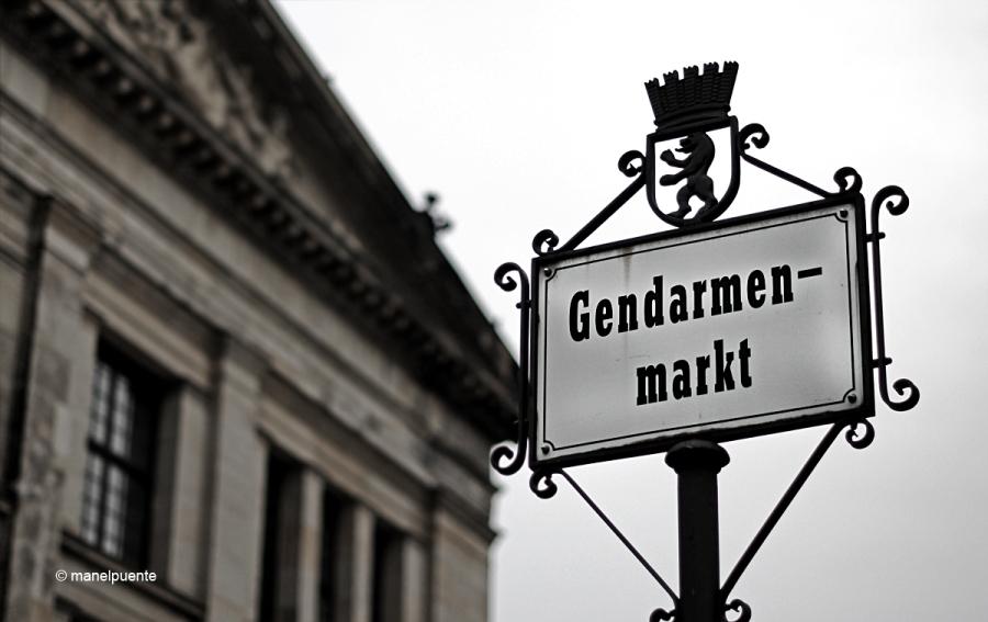 """La Gendarmenmarkt, inspirada en les """"piazzas"""" renaixentistes italianes, és una de les més maques de Berlín"""
