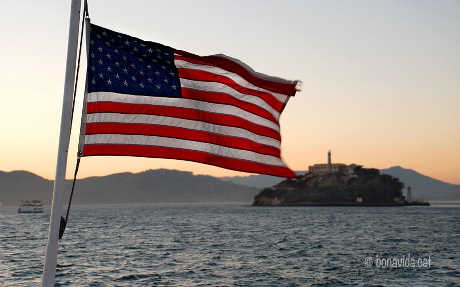 sanfrancisco alcatraz flag