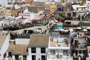 Un lloc elevat permet veure les moltes terrasses sevillanes