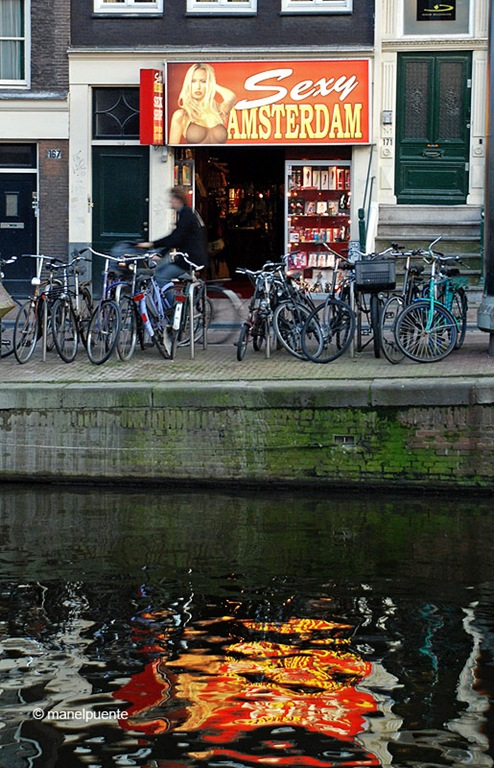 sexshop_amsterdam.jpg