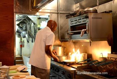 El cuiner era una màquina entre els fogons