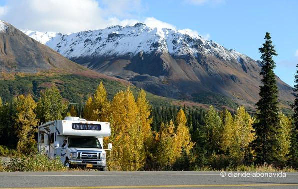 alaska_caravana_muntanyes
