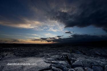 Posta de sol sobre els camps de lava solidifcats
