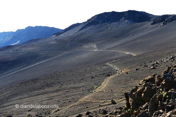 L' Sliding Sands Trail sembla un paisatge lunar