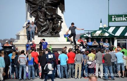 Els espectacles de carrer tenen molt èxit entre els turistes