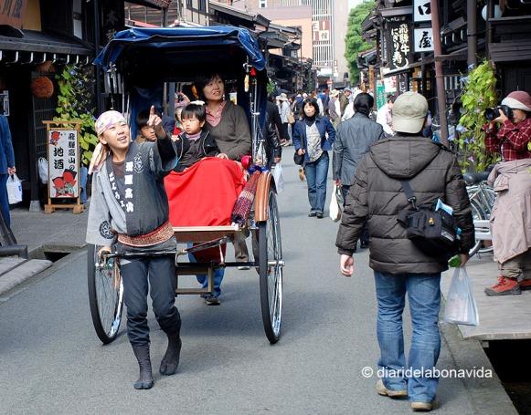Les reaccions de la gent són molt agradables de fotografiar. Takayama
