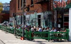 Tothom vol dinar a les terrasses