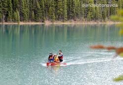 En canoa pel Lake Emeralde