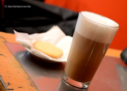canada1203_coffee_jetfuel