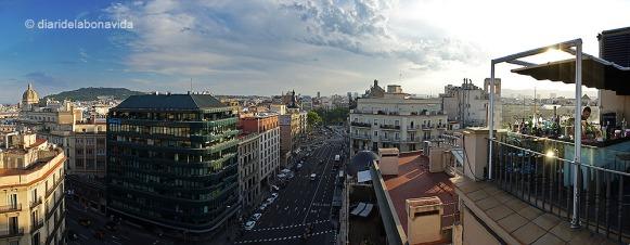 Panoràmica de les vistes de la terrassa Twenty One