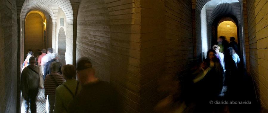 Interior de la rampa que ens porta al capdamunt de La Giralda