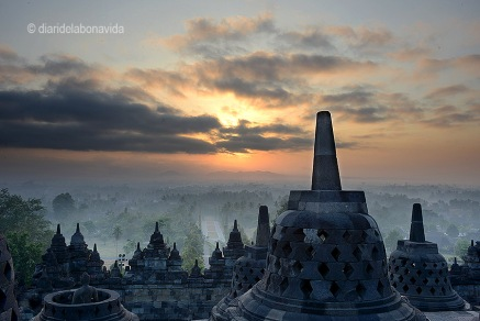El millor moment del dia, la sortida del sol al Borobudur