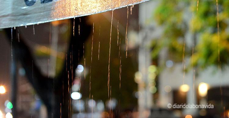 Per la nit ens cau la primera pluja del viatge. Ja tocava refrescar una mica l'ambient!!!