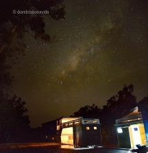 Per la nit, ens acompanyen el so de la natura i les estrelles al cel