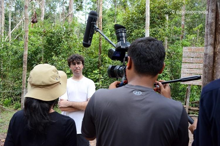 La televisió d'Indonèsia ens estrevista!!!