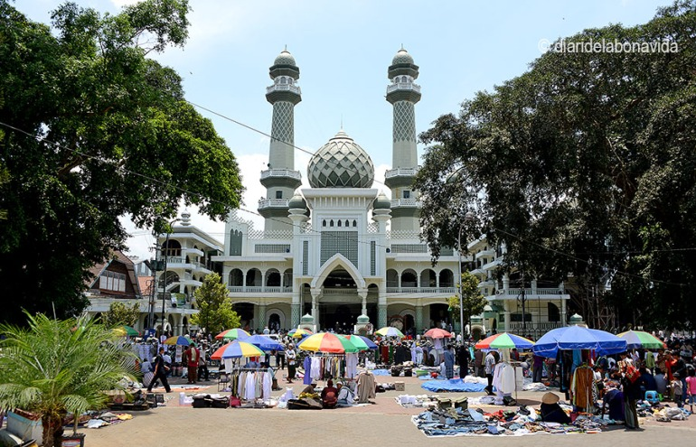 La gran Mesquita Jami de Malang