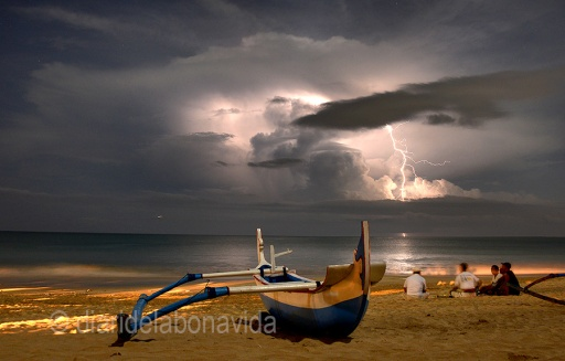 Gaudim de la tempesta, i tenim la sort de fotografiar llamps