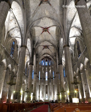 L'interior de la Basílica impressiona!!