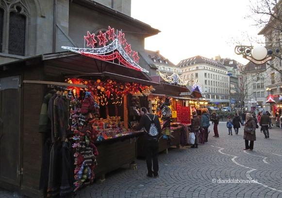 Laussane, Suiza. Mercat Nadal Place Saint François
