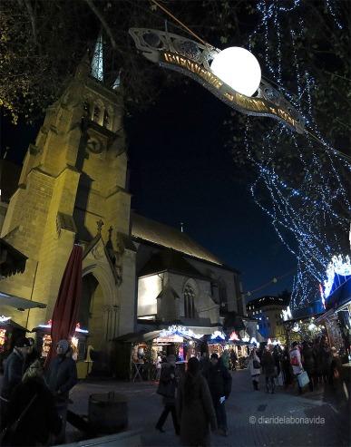 L'església de Saint François acull el principal mercat