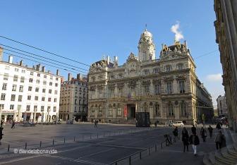Hôtel de Ville. L'ajuntament de la ciutat es troba a la Place des Terreaux