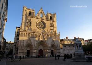 Catedral de Saint-Jean Baptiste