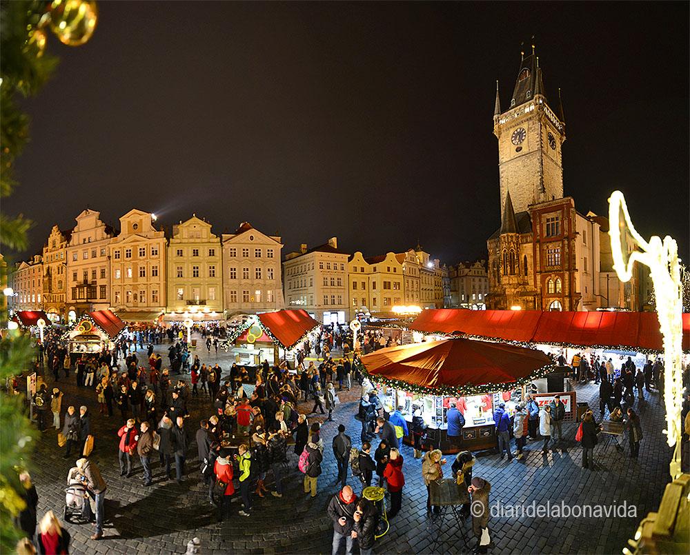 La Plaça de la ciutat vella és el lloc més animat de Praga en dates nadalenques