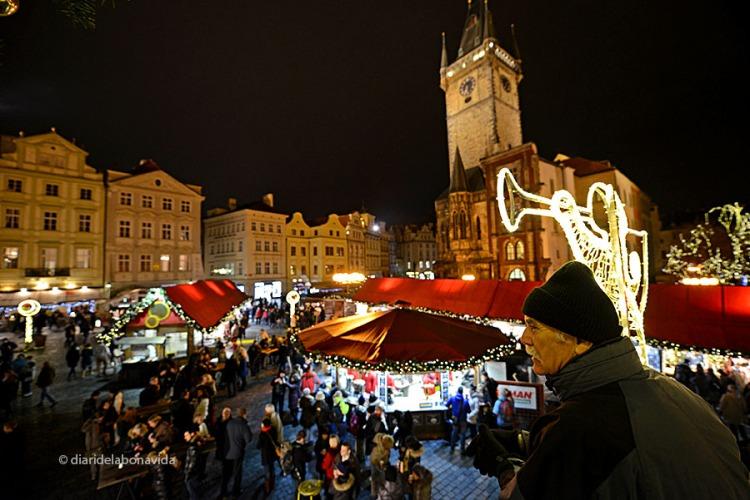 Ambient nadalenc a Staroměstské Náměstí (Plaça Vella)