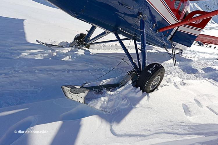 Original sistema per fer aterrar l'avioneta a la neu