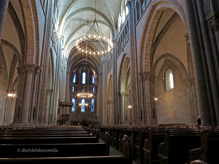 -- Ginebra, Suissa. Catedral Saint-Pierre