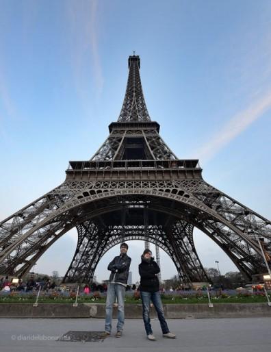 Sota la Torre Eiffel. París