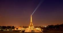 paris eiffel light