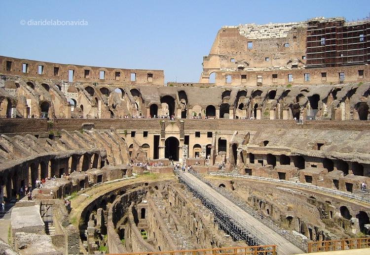 A vegades mitifiquem tan una imatge, que no correspon a la realitat, com al Colosseo de Roma