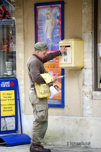 El carter envia la correspondència com abans...