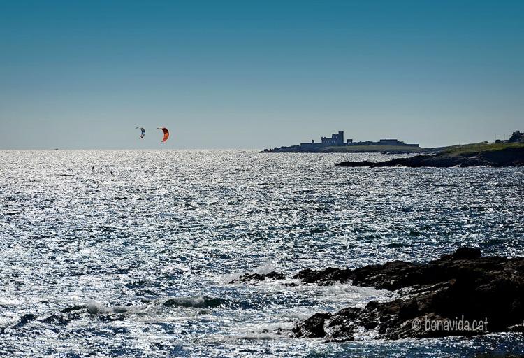 Practicant Kite-surf a la Plage de Raguénez