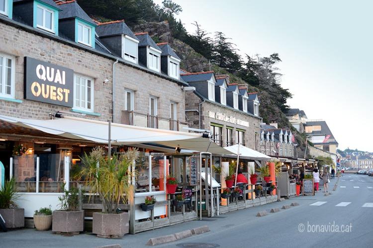 La zona del port d'Erquy és plena de restaurants