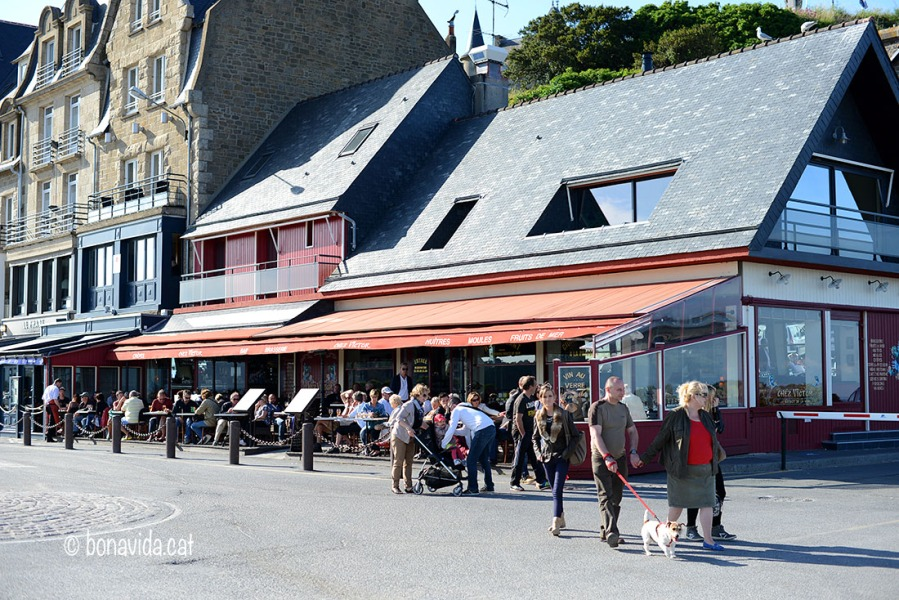 Ambient de restaurants a Cancale