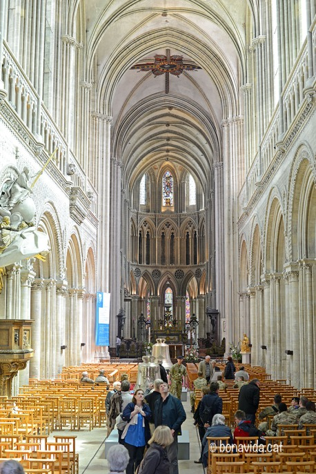 Interior de la Catedral de Notre-Dame