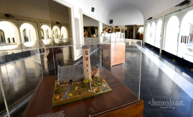 Exposició de maquestes d'esglésies romàniques