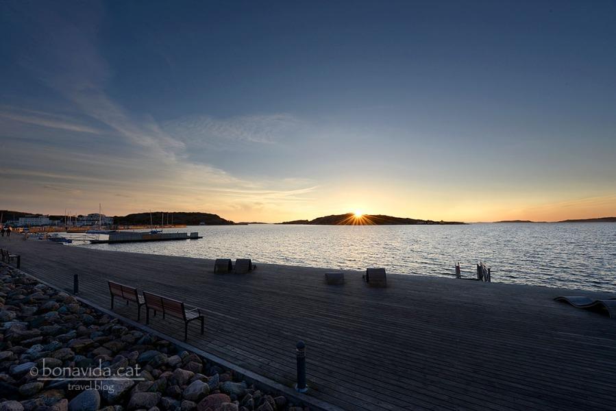 Posta de sol al passeig marítim de Lysekil