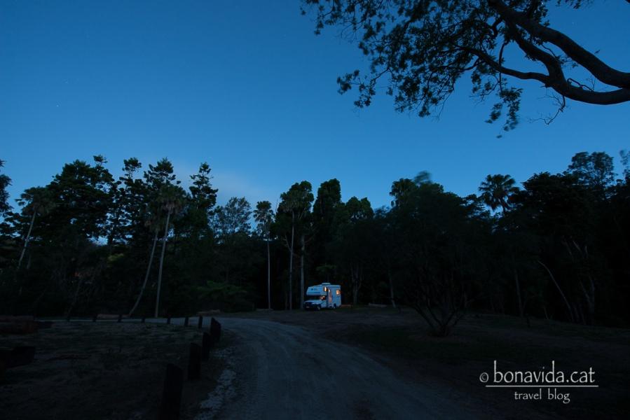 Comença a fer-se fosc al Parc, i estem més sols que la una!