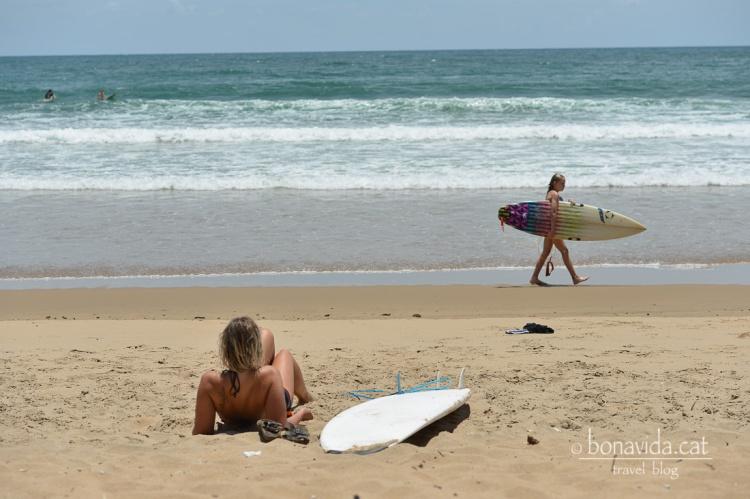 Esperant les onades...