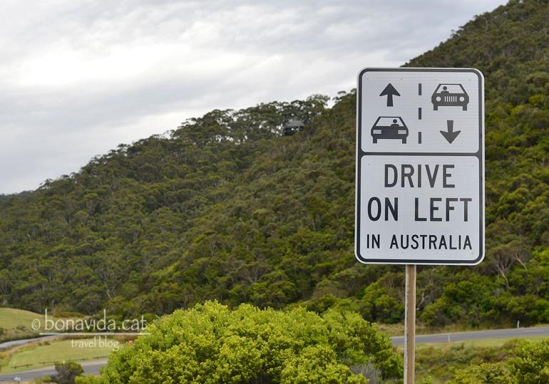 Que amables. Sovint et recorden que has de conduir per l'esquerra...