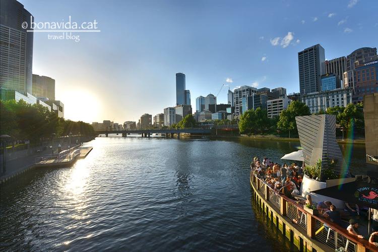 Ambient a Riverside Quay