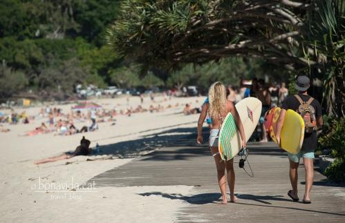 australia noosa main beach 01